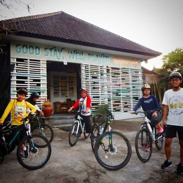 It's a good day to ride a bike and enjoy Ubud... if you need a bike let us know... we will provide for you...